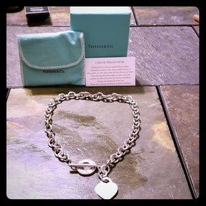 Tiffany & Co. Signature necklace